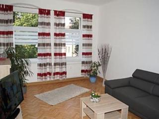 Vacation Apartment in Dresden - 764 sqft, central, quiet, comfortable (# 7135) - Dresden vacation rentals