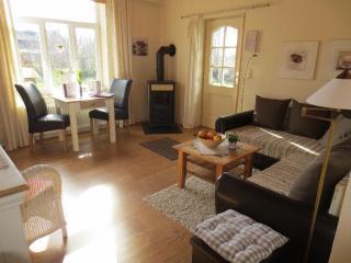 Vacation Apartment in Dollerup - 538 sqft, comfortable, quiet, bright (# 7342) - Streichmuehle vacation rentals