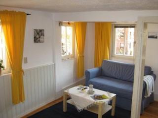 Vacation Apartment in Wertheim - 646 sqft, central, comfortable, bright (# 7354) - Veitshochheim vacation rentals