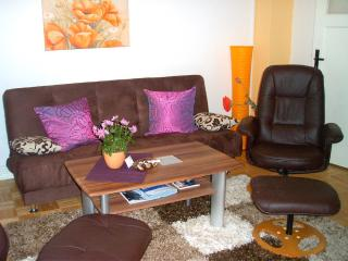 Vacation Apartment in Bremen - central, quiet, comfortable (# 7553) - Bremen vacation rentals