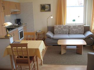 Vacation Apartment in Bad Schwartau - 420 sqft, located in a renovated villa, courtyard available, washer… - Lübeck vacation rentals