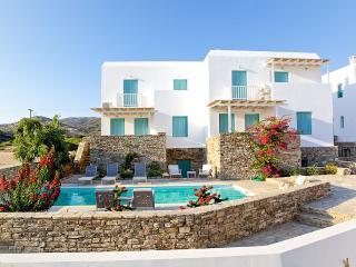 Three-Bedroom Maisonette in Antiparos, (A) - Sifnos vacation rentals