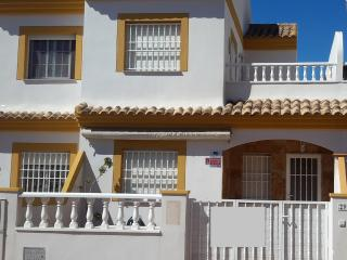 3 BED 2 BATH HOUSE WITH VEIWS OVER NATURE PARK (6) - San Pedro del Pinatar vacation rentals