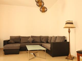 Luxury apartment  Shams 4 - Dubai vacation rentals