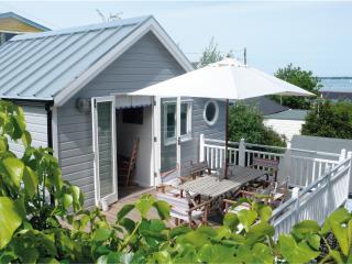 BOUTIQUE BEACH HOUSE WITH SEA VIEWS - Gurnard vacation rentals