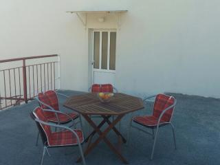 Apartment Orange - Two-Bedroom Apartment with Terrace - Slano vacation rentals