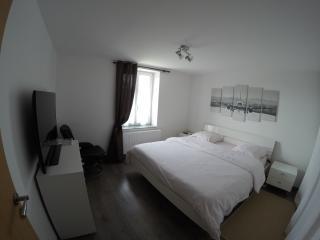 Chambre coté Parc - Verny vacation rentals