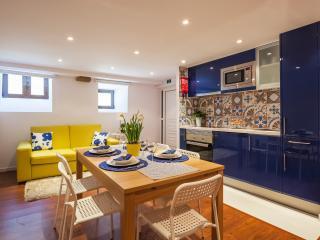 Rou´s Apartment - Porto vacation rentals