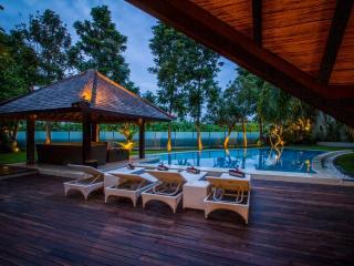 4BR SUPER LUXURY close to the beach - Canggu vacation rentals