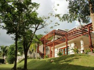 Kata Luxury 4 Bedroom villa - Kata vacation rentals