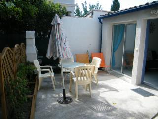 Maisonnette - Lattes vacation rentals