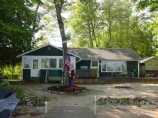 Picturesque 2 Bedroom/1 Bathroom House in Moultonborough (358) - Moultonborough vacation rentals