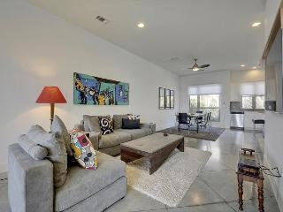 3BR/2.5BA New Luxury House, Eastside Austin, Sleeps 6 - Austin vacation rentals