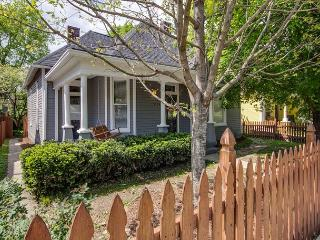 3BR Newly-renovated Southern Style House, Heart of East Nashville & 5 Points - Nashville vacation rentals