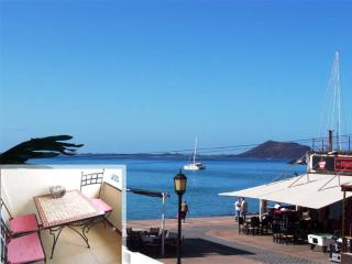 Apartment Corralejo Seafront at 50 mt to the Beach - Corralejo vacation rentals