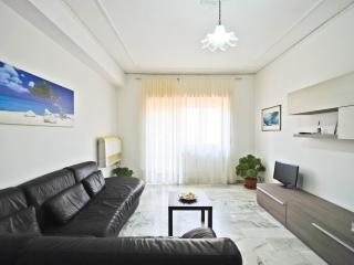 Luminoso appartamento vicinissimo al mare - San Benedetto Del Tronto vacation rentals