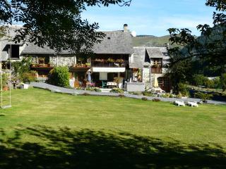Gite du Midi - Sainte-Marie-de-Campan vacation rentals