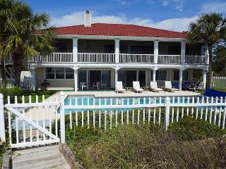 Beachfront, Huge Beachfront Heated Pool,  Fenced Yard, 2 Kitchens - Port Saint Joe vacation rentals