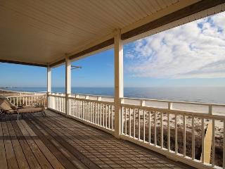 Upscale, Spacious Beachfront, Elevator, Hot Tub 8/29 $2000/wk - Port Saint Joe vacation rentals