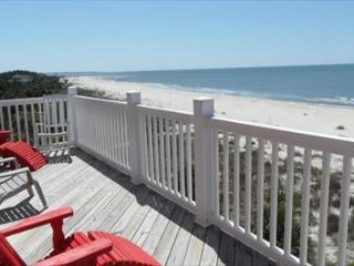 Beachfront, Spacious, 3 Kings, Screen Porches, Pet Friendly 11/07 $1790/wk - Indian Pass vacation rentals