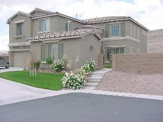 Gorgeous Retreat with Pool Table, Spa - Las Vegas vacation rentals