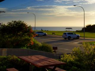 Bott's Beach Retreat Beach House near McLaren Vale - Greater Adelaide vacation rentals