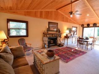 205 Mirrormont Drive - Highlands vacation rentals