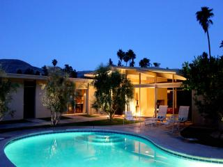 Original Immaculate 1964 Mid Century Modern - California Desert vacation rentals