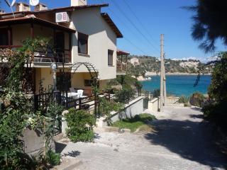 Beachfront heaven house in karaburun (Izmir South) - Izmir Province vacation rentals