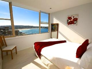 Panoramic Views of Bondi Beach BB24 - Bondi vacation rentals
