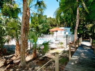 Pool - North Beach Village Unit 72 - Holmes Beach - rentals