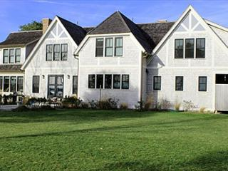 LUXURY HOME ON FARM NECK GOLF COURSE WITH GREAT WATERVIEWS - Oak Bluffs vacation rentals