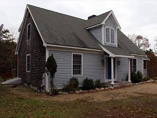 SPALSHED WITH SUNLIGHT, CASUAL WITH SOME FORMAL ELEMENTS! - Edgartown vacation rentals