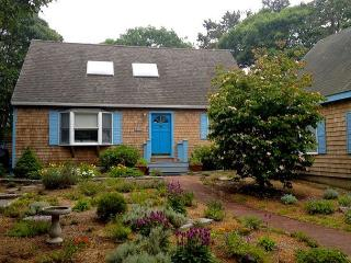 Charming Contemporary Cape in Island Grove - Martha's Vineyard vacation rentals