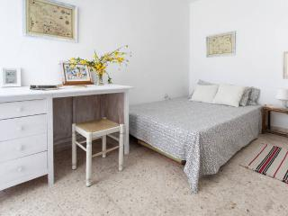 [47] Lovely 3 bedrooms apartment with wifi - Seville vacation rentals