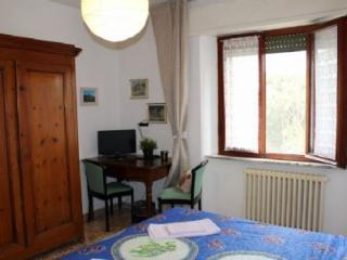 BED AND BREAKFAST THE GREEN LANCERS - Pisa vacation rentals