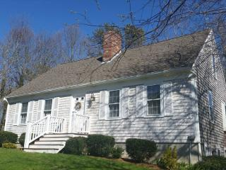 BEAUTIFUL CAPE! PRIME WEEKS STILL AVAILABLE!! 126082 - Yarmouth Port vacation rentals