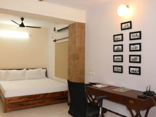 Mane - An exclusive private room in Koramangala - Bangalore vacation rentals