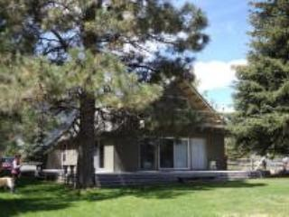 Cabin on the lake. - Southwestern Idaho vacation rentals