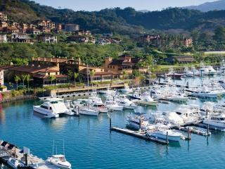 Galati Condominium - Del Mar 3D - Herradura vacation rentals