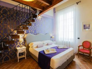 Signoria Luxury flat 3bd - 3bth - Florence vacation rentals