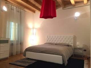 Residenza Galilei 3 - Peschiera del Garda vacation rentals