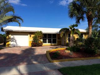 BEAUTIFUL HOUSE ON THE WATER, OCEAN ACCESS, FORT L - Pompano Beach vacation rentals