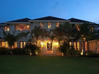 Jus Paradise Golf Villa in Rose Hall 2BR - Rose Hall vacation rentals