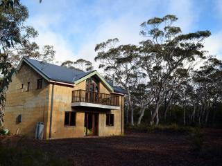 Hat Hill Cottage - Blackheath vacation rentals