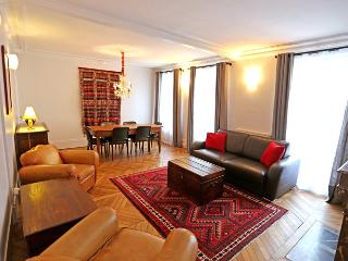 Monge 3 Bedroom Apartment Rental in Paris - Paris vacation rentals