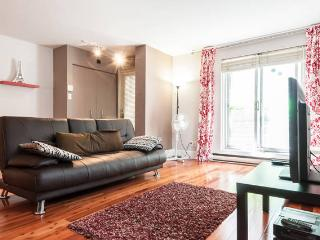 One of the best location DOWNTOWN - Quebec vacation rentals