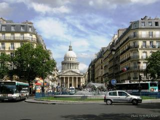 PARISIAN STYLE 2 BR APT IN LATIN QUARTER FOR 6!!! - Paris vacation rentals