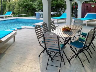 Great Getaway Villa With The Pool And Tennis Court - Kastel vacation rentals