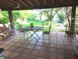 Gite in the garden at 'La Croix - Bouteilles-Saint-Sebastien vacation rentals